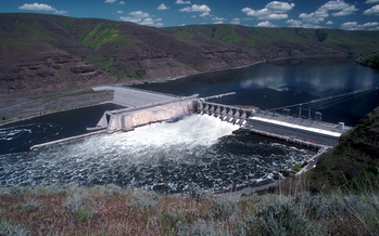 The Lower Granite Dam on the Snake River near Lewiston, Idaho. (Idaho Rivers United)