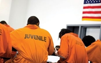 Moms are mobilizing across the country to fight for changes in the juvenile-justice system.  (justicenotjails.org)