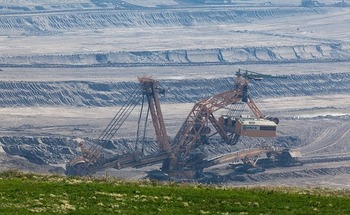 Coal companies filing for bankruptcy could put taxpayers on the hook for cleanup costs. (Pixabay)