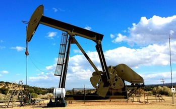 Job losses in the oil industry have helped slow down the Texas economy, which was ranked ninth best among the 50 states in a recent survey by WalletHub. (Pixabay)