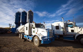 Methane emissions from hydraulic fracturing operations contribute to climate change. (MajaPhoto/iStock)