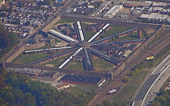 Pennsylvania�s prison population grew 12 percent and crime decreased 23 percent, according to a new national report, between 2006 and 2014. (Marduk/Wikimedia Commons)