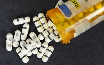 A new law requires California doctors to have access to the state's database that tracks prescriptions for opioid painkillers.(dodgerton skillhause/morguefile)