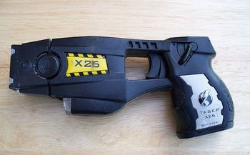 In Connecticut, 82 percent of the people involved in taser incidents last year were unarmed. (Junglecat/Wikimedia Commons)