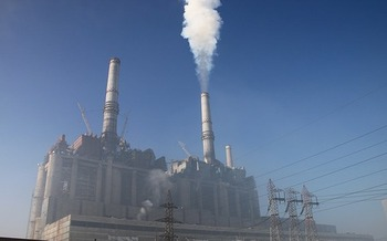 Power producers involved with the lawsuit filed against the EPA's Clean Power Plan are responsible for one-fifth of the nation's total carbon pollution, according to the Center for American Progress. (Pixabay)