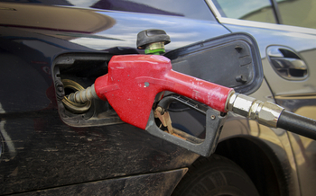 A new AAA study shows gasoline with the Top Tier designation vastly reduces engine wear and helps to lower emissions. (yanukit/iStockphoto)