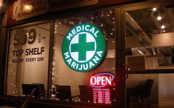 In 2013, states with medical marijuana cut health-care spending by more than $165 million. (O'Dea/Wikimedia Commons)<br />