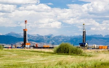 Conservation groups are asking the State of Montana to tighten regulations on companies disclosing the chemical content used in fracking. (Environmental Defense Fund)