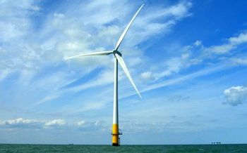 Developing offshore wind will be critical to meeting New York's Clean Energy Standard. (Phil Hollman/Wikimedia Commons)