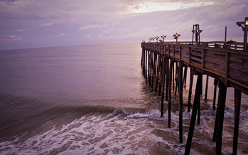 A new report from the National Wildlife Federation highlights the vulnerabilities of North Carolina's coastline if global warming and sea level rise aren't addressed. (Jon Cain/flickr.com)