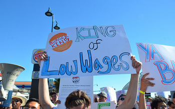 Organizations such as the North Carolina AFL-CIO are helping workers fight for livable wages. (Steve Rhodes/flickr.com)