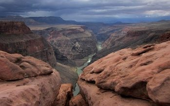 The Grand Canyon and many other public-lands sites will be admission-free tomorrow, for National Public Lands Day. (Mmainco/morguefile)