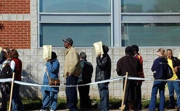How long you have to wait to vote could depend on your racial background or the racial makeup of your neighborhood. (James Willamor/Flickr)