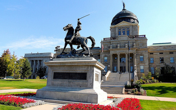 As Montana lawmakers head back to Helena, a report on the economic status of women shows they have some work to do. (Tracy/Flickr)