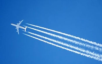 In July the EPA officially acknowledged that aircraft emissions are a danger to human health. (Arpingstone/Wikimedia Commons)