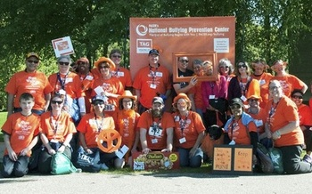 The Minnesota Association of Professional Employees hosted a walking/running event last weekend to raise awareness about the problem of workplace bullying. (MAPE)
