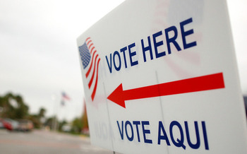 New Yorkers can register to vote at any DMV office or through the DMV webpage. (Erik Hersman/Flickr)