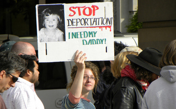 Opponents of HB 1885 say it would tear apart immigrant families. (Fibonacci Blue/flickr.com)