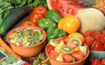Adding a little color to your diet is a great way to reduce your risk of having heart problems. (fda.gov)