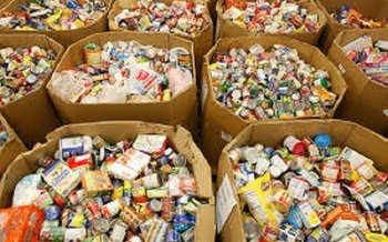 Donations are needed at Illinois food banks. One in seven people is food insecure in the state, a year-round problem that's especially acute for families with children. (US Dept. of Agriculture)