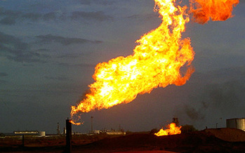 A study found $330 million worth of methane is lost through leaks, flares and venting at well sites, but federal efforts to curb these losses were met with a court challenge. (Tod Baker/Flickr)