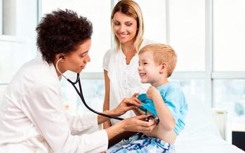Un nuevo reporte del Instituto Urbano dice que la derogaci�n de la �Affordable Care Act� duplicar�a el n�mero de ni�os sin cobertura de salud en los EE. UU. (photostorm/iStockphoto)