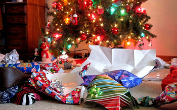 Gift wrap and bags are recyclable as long as the material is not metallic or glittery.<br />(frankieleon/Flickr)