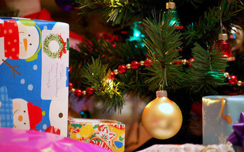 The tree and much of the wrapping and packaging can be recycled for a greener holiday season.(cohdra/morguefile)