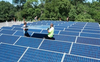 A couple of two new community solar gardens have gone online in Minnesota. (mnipl.org)