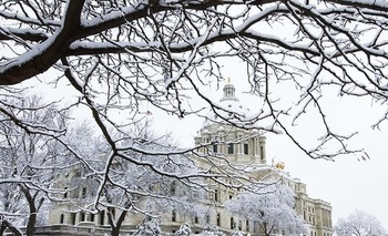 As Minnesota lawmakers meet in 2017, they're being asked to keep the state's women in mind. (mn.gov)