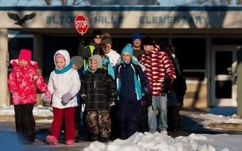 Walking or biking to school each day can help children fight obesity, but fewer than 13 percent of Minnesota kids do. (walkmn.org)