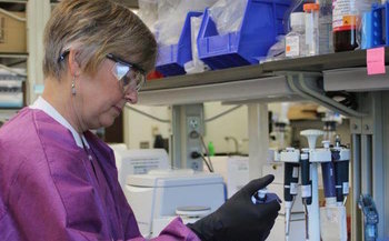Scientists say federal funding is helping make inroads in the fight against cancer. (cdc.gov)