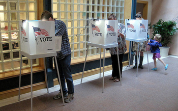 In the 2014 general election, New York state was 49th for voter participation. Legislation now in Albany seeks to improve voter turnout. (Danny Howard/Flickr)