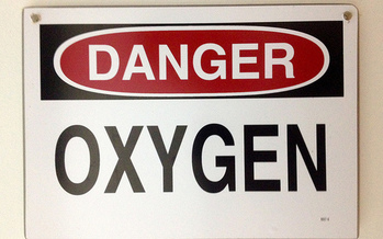 The Tennessee Fire Marshal recommends users of medical oxygen place signage in and outside of their homes to prevent accidental exposure to flame or heat. (Jason Eppink/flickr.com)