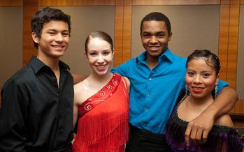 Programas como el �Pacific Ballroom� son parte de una iniciativa que busca mejorar el aprendizaje ampliado a la juventud.