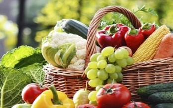 Regular health checkups and a better diet are keys ways to prevent cancer. (cdc.org)