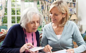 Hay ayuda en l�nea para los tejanos que asisten en asuntos financieros a miembros mayores de su familia o a otras personas.