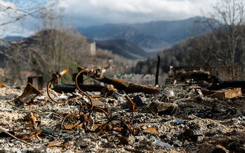 Scientists say global warming is responsible for natural disasters such as December's wildfires that ravages parts of Gatlinburg and the Smoky Mountains. (Michael Tapp, Flickr)