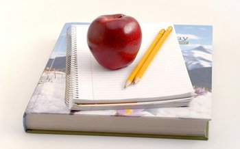 California educators say it'll take more than an apple a day to fight changes to immigration and education policies that are affecting public schools. (Jmiltenburg/morguefile)