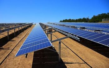 A grassroots organization has released an in-depth plan that projects that a move to cleaner energy in Kentucky would lower electric rates and grow jobs. (KU)