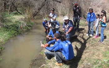 Kids in New Mexico are helping monitor water for the protection of generations to come. (Photo: Sierra Club Rio Grande)