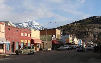 Muchos pueblos peque�os de Colorado no se han recuperado de la recesi�n y sus residentes dependen de Medicaid para cuidar su salud, como reporta un nuevo estudio. (Cobun Keegan/Wikimedia Commons)