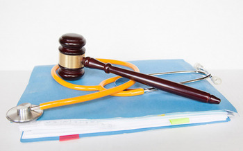 Now in Congress, H.R. 1215 would cap medical malpractice awards, limit attorney fees and impose a statute of limitations for most claims. (wp paarz/Flickr)