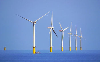 In January, LIPA approved construction of the nation�s largest offshore wind farm. (David Dixon/Wikimedia Commons)