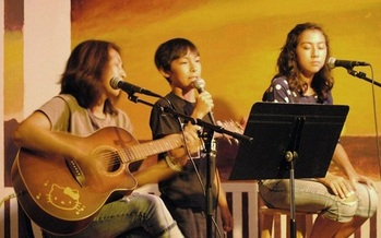 Studies show people of all ages benefit from music. (Mami Matsuda)