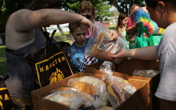 The organization Feeding South Dakota is trying mobile food pantries this summer to reach more rural South Dakotans. (Spencer Platt/Getty Images)