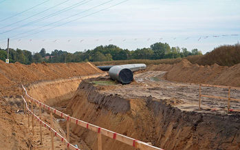 Opponents say lack of demand makes new gas pipelines unnecessary. (Monster4711/Wikimedia Commons)