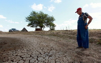 The effects of climate change could widen the economic equality gap in Texas and the U.S., according to a new report. (Olsen/GettyImages)
