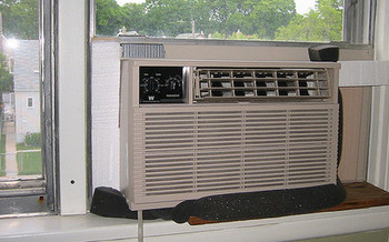 A disconnect notice is not required to be eligible for summer cooling assistance through HEAP.<br />(noricum/Flickr)