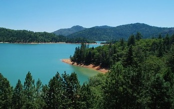 The future of areas like Lake Shasta is under review for the new BLM Resource Management Plans in the Redding and Arcata regions. (Brian Scotland/Pixabay)
